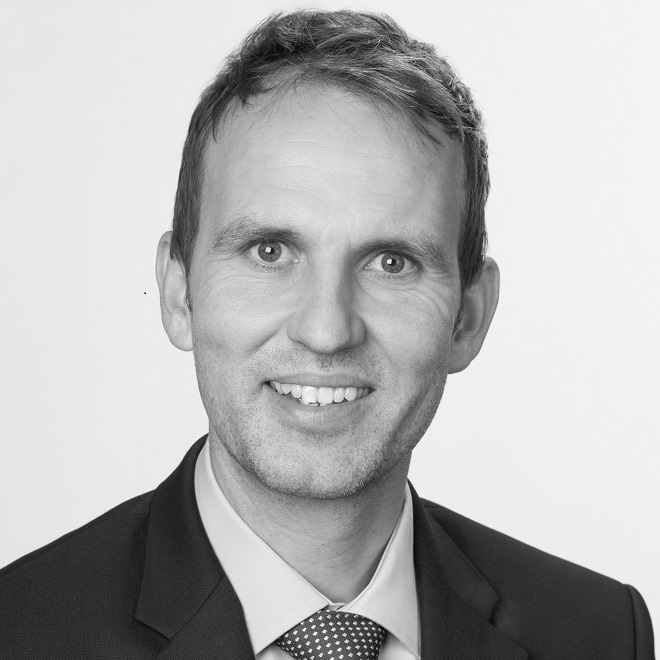 Dr. Thomas Glückstein